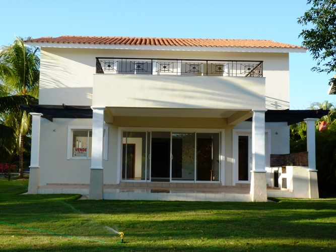 Metro Country Club Villa